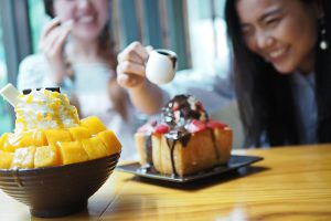Best 1-For-1 Deals Featuring Jurong's Mouthwatering Desserts