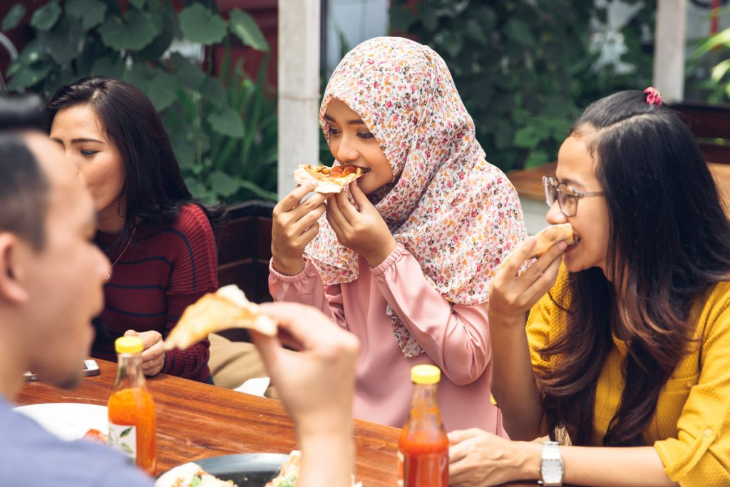 Our Top 5 Picks To Get The Best 1-For-1 Halal Deals In Malaysia