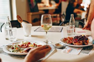 Tips for Eating Out Safely | The ENTERTAINER Hong Kong